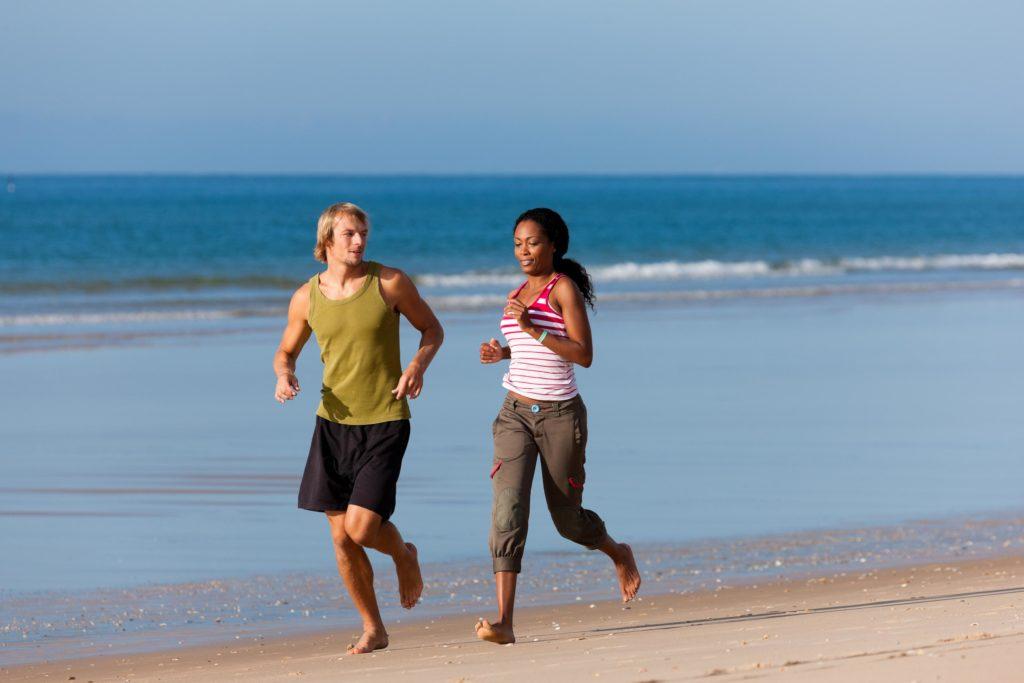 gesunde Füße durch Barfußlaufen